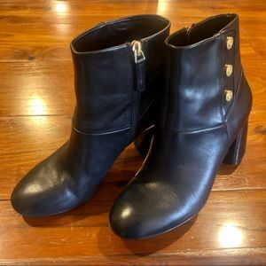Nine West Black Leather Booties